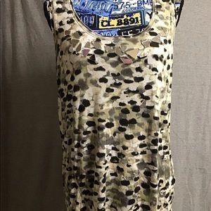 Ladies sleeveless top by Vera Wang